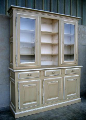 vaisselier peint proven al coup de soleil mobilier. Black Bedroom Furniture Sets. Home Design Ideas