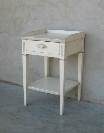 chevet patin charme eygali res coup de soleil mobilier. Black Bedroom Furniture Sets. Home Design Ideas