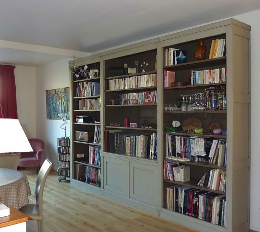 biblioth que bois massif grise lisa coup de soleil mobilier. Black Bedroom Furniture Sets. Home Design Ideas