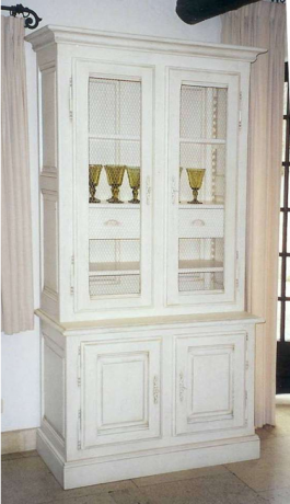vaisselier 2 portes proven al coup de soleil mobilier maison de charme. Black Bedroom Furniture Sets. Home Design Ideas