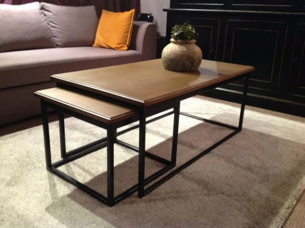 table basse gigogne fer et ch ne hugo coup de soleil mobilier. Black Bedroom Furniture Sets. Home Design Ideas